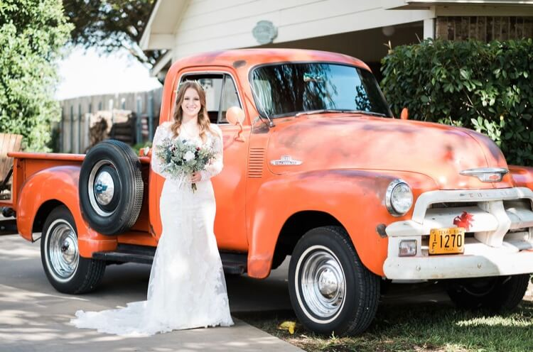 Wedding Old Truck